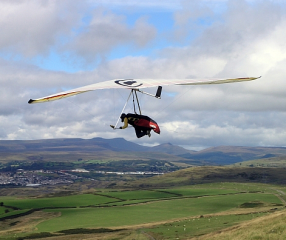 Hang Glider (Courtesy Darren Blackman)