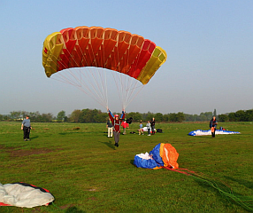 Square parascending canopy (Courtesy Pete Brunt)